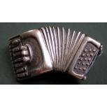 pin - accordion